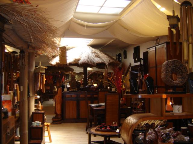 Table rabattable cuisine paris chaise longue bordeaux for 18 rue de la chaise