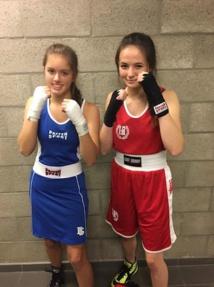 Ysaline et Faustine, deux jeunes boxeuses prometteuses du Brabant wallon qui s'entraînent chez Fight Off