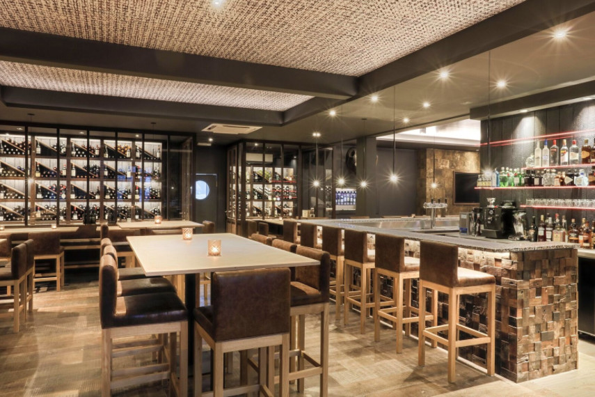LE BAR TENDANCE DE WAVRE : Le bar du GECKO