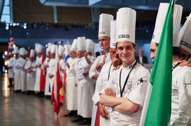 Curtis Mulpas,  jeune espoir Belge de la gastronomie, élu meilleur commis à Turin au Bocuse d'Or Europe!
