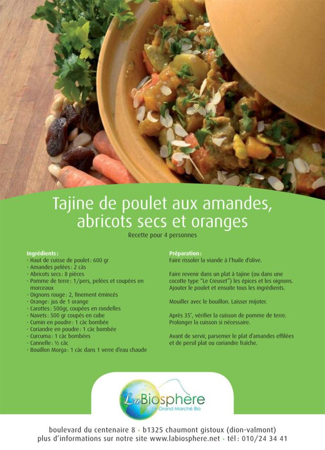 Tajine de poulet aux amandes, abricots secs et oranges