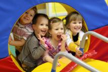 Partagez un moment privilégié avec votre enfant dans les centres The Little Gym Wavre et Waterloo.