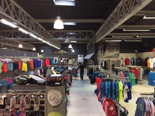 Sport One : le number one des magasins de vêtements et équipements de sport en Brabant wallon ! (Nivelles - Wavre - Waterloo)