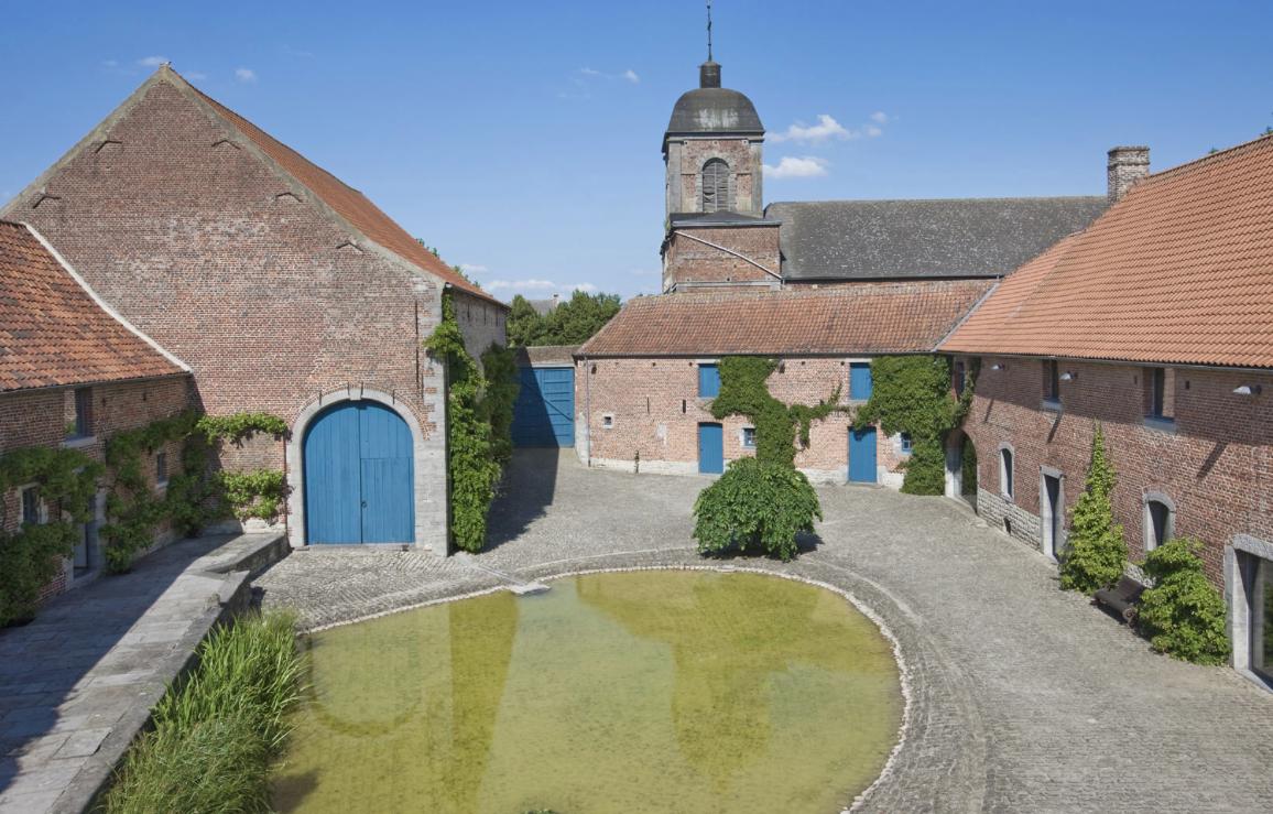 Genappe : « Le prénom » : Théâtre à la ferme du château!