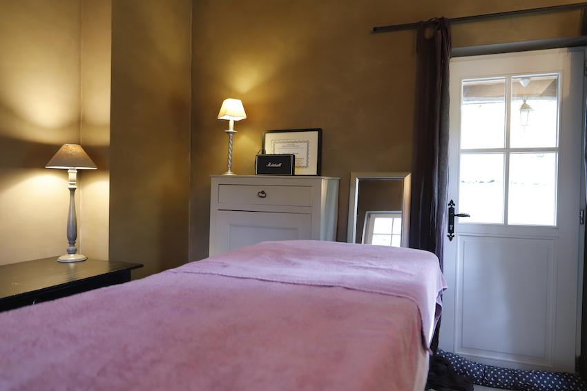 Massage Genval - Brabant wallon : La massothérapeute Caroline Jooris à Rixensart vous ouvre le chemin du massage initiatique...