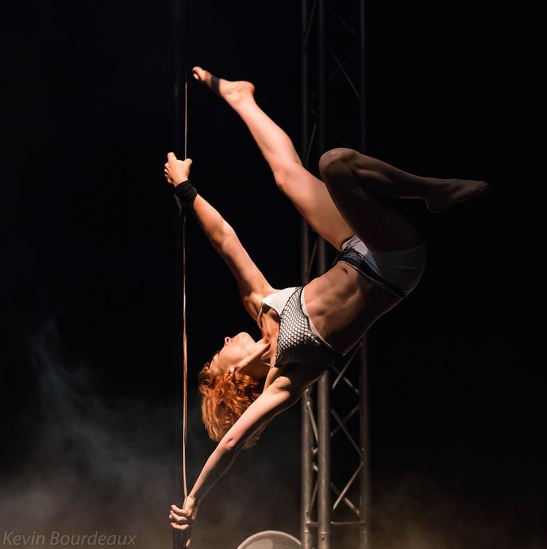La Pole Dance en Brabant wallon et à Bruxelles : PLACER LA BARRE HAUT