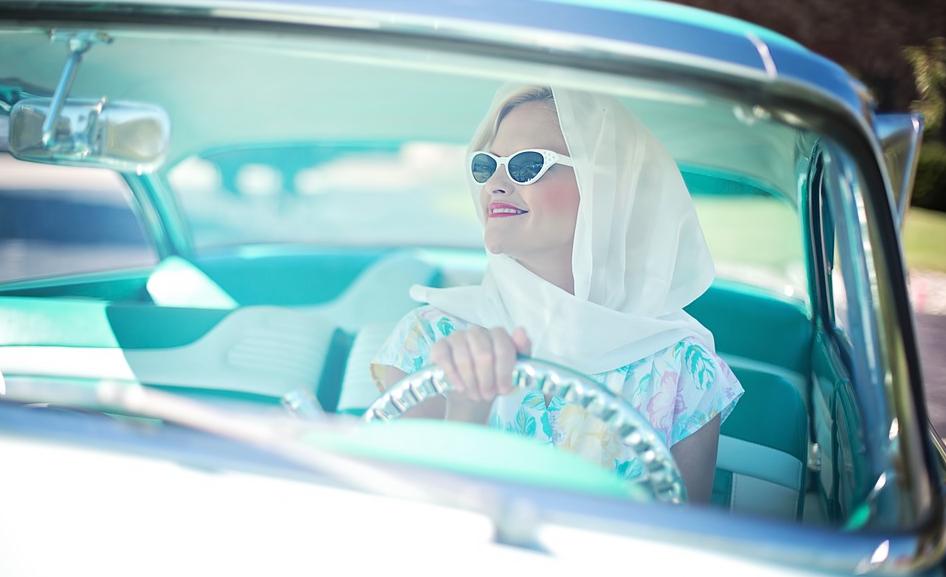Femme au volant ? (Statistiques) Les hommes invités à adopter un style de conduite plus féminin !